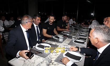 Δείπνο του Καρυπίδη στην ομάδα πριν την ΑΕΚ (pics)
