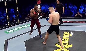 MMA: Η αγκωνιά που τελείωσε τον αγώνα σε 70 δευτερόλεπτα (vids)