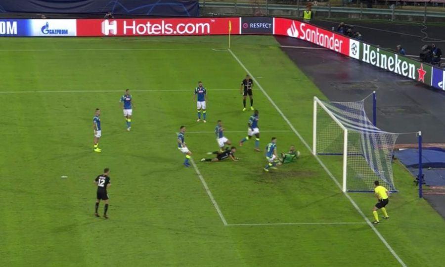 Μισό γκολ από τον Εμπαπέ και ο Μπέρνατ πάγωσε τη Νάπολι! (video)