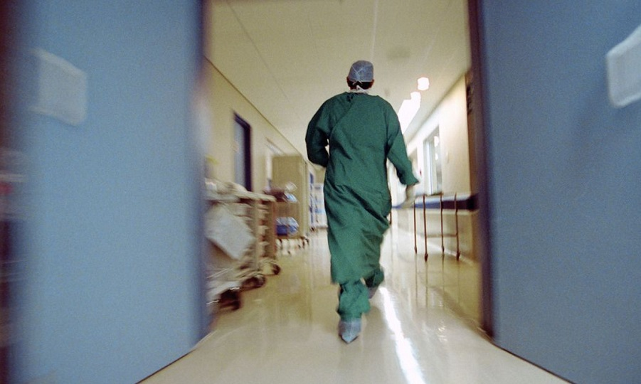 Στο νοσοκομείο Ελληνίδα παρουσιάστρια