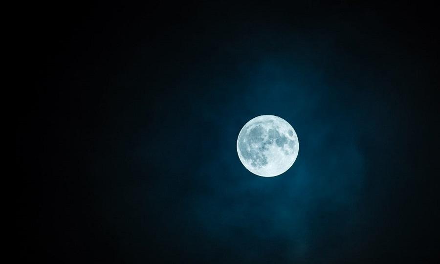 Ελληνίδα από τη Ρόδο αγόρασε οικόπεδο στη Σελήνη έναντι 120 ευρώ: Δες την απόδειξη