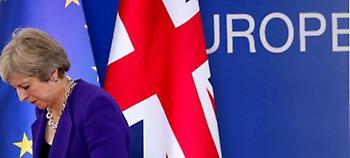 Η Μέι παρουσίασε τη συμφωνία για Brexit - Αντιδράσεις στο υπουργικό, διχασμένη η Βουλή