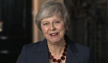 Η Μέι πέρασε το σχέδιο Brexit από το υπουργικό - «Ξέρω, έρχονται δύσκολα»