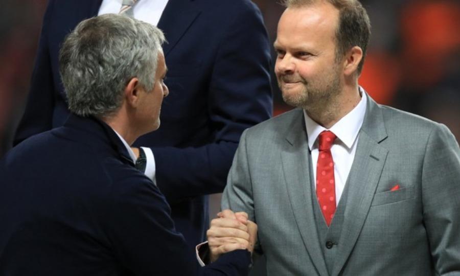 Στηρίζει Μουρίνιο ο αντιπρόεδρος της Μάντσεστερ Γιουνάιτεντ