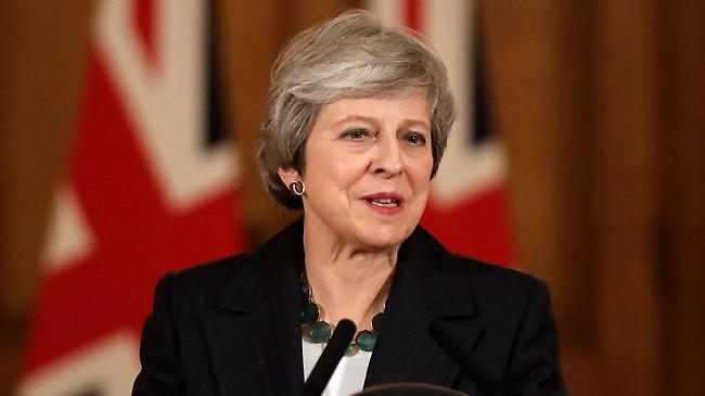 Μέι: «Όχι» σε δεύτερο δημοψήφισμα για το Brexit - Θα πάω τη συμφωνία μέχρι τέλους