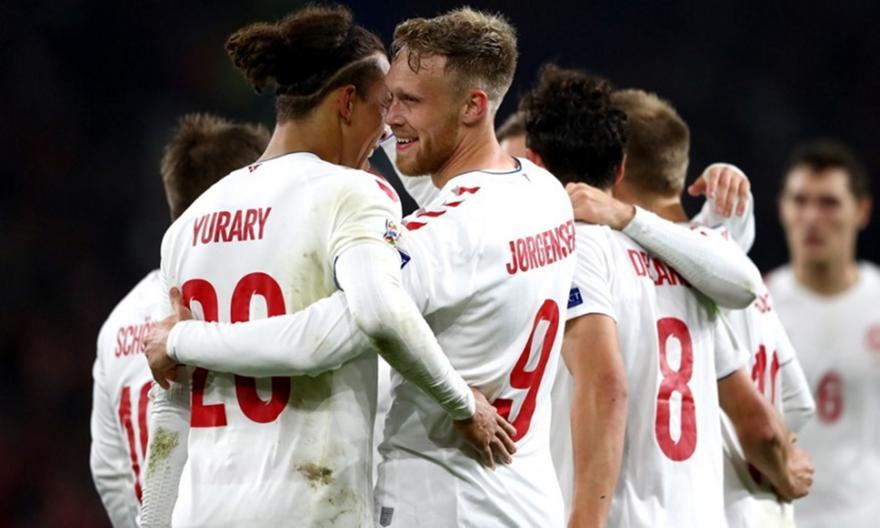 Διπλό… ανόδου για τη Δανία!