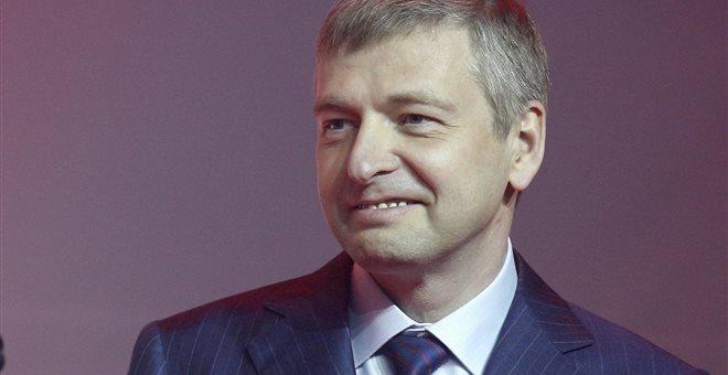 Αποκάλυψη Football Leaks: Η άγνωστη ζωή του Ντμίτρι Ριμπολόβλεφ