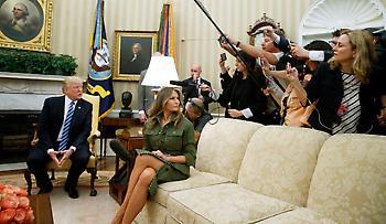 Μελάνια Τραμπ: Η γυμνή φωτογραφία που «ρίχνει» το twitter (pic)
