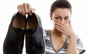 Δυσοσμία παπουτσιών: Πώς να κάνετε τα παπούτσια σας να μυρίζουν ευχάριστα