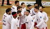 Το «Let's go» από τους παίκτες του Ολυμπιακού στο ΟΑΚΑ (video)