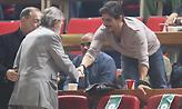 Θερμή χειραψία Δημήτρη Γιαννακόπουλου-Γιώργου Βαρδινογιάννη στο ΟΑΚΑ (pics)