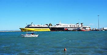 Ζάκυνθος: Πλημμύρες από την κακοκαιρία - Δεμένα τα πλοία λόγω των ανέμων