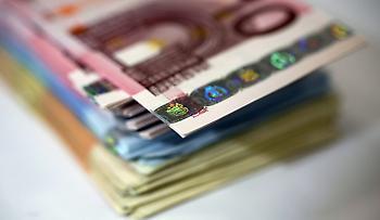 Επίδομα ανέργων: Ποιοι δικαιούνται βοήθημα 400 ευρώ και πότε θα καταβληθεί