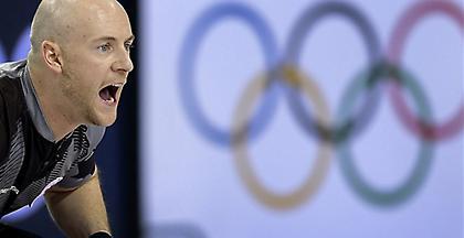 Χρυσή ομάδα του Κέρλινγκ αποκλείστηκε από τουρνουά λόγω κακής συμπεριφοράς