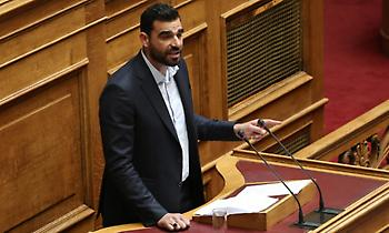 Κωνσταντινέας στον ΣΠΟΡ FM: «Υπάρχει μια περίπτωση να προλάβουμε τον τελικό για το VAR»