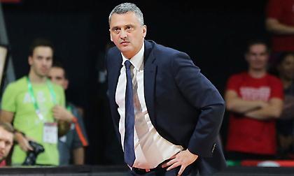 Ράντονιτς: «Δεν είναι αρκετά 35 λεπτά για να νικήσεις τον Ολυμπιακό»