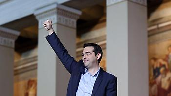 Guardian: Ελλάδα η μόνη χώρα στην Ευρώπη που έγιναν κυβέρνηση αριστεροί λαϊκιστές