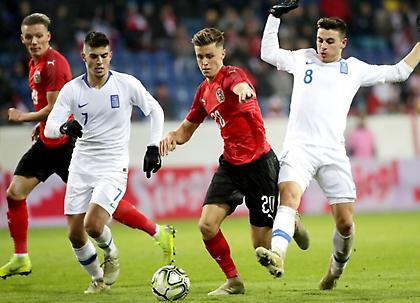 «Ανεβάζουν» παίκτες της Ελπίδων στην Εθνική Ανδρών