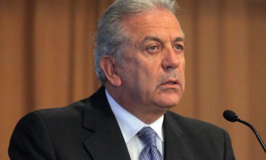Αβραμόπουλος: Κανένα Κράτος-Μέλος να μη βρεθεί υπό πίεση για Μεταναστευτικό