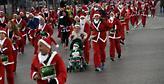 Χιλιάδες Άγιοι Βασίληδες έτρεξαν στο κέντρο της Μαδρίτης για καλό σκοπό