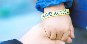 Αυξημένος κίνδυνος να εμφανίσουν αυτισμό αδέρφια παιδιών με την διαταραχή