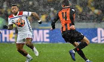 Όρθια στο χιονισμένο Κίεβο και στους «16» η Λιόν, πρωτιά με Σανέ η Σίτι