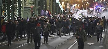 Ουγγαρία: Τρίτη νύχτα διαδηλώσεων κατά του Ορμπαν για τα εργασιακά