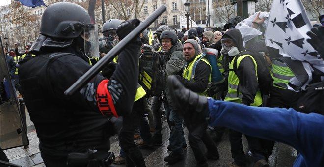Γαλλία  Δεν υποχωρούν τα «κίτρινα γιλέκα»-Βγαίνουν σήμερα στο δρόμο ... f7b6f626dab