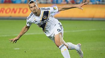 Επιβεβαίωσε την παραμονή του στην LA Galaxy ο Ζλάταν (video)