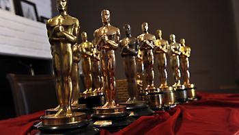 Όσκαρ... στο «σφυρί»: 492.000 δολάρια «έπιασε» αγαλματίδιο του Ηλία Καζάν σε σπάνια δημοπρασία