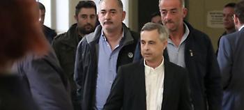 Ενταση στη δίκη Λεμπιδάκη: Φραστικό επεισόδιο με τον επιχειρηματία, διεκόπη η συνεδρίαση