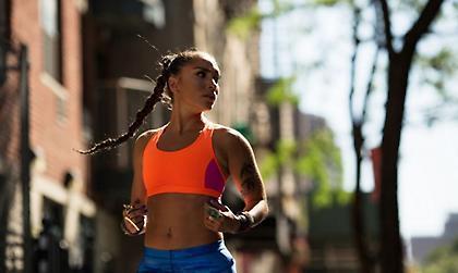 Η γυναίκα που έφτασε μια ανάσα από το θάνατο και… ξεκίνησε να τρέχει!