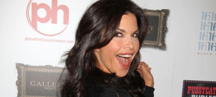 Η Λόρεν «κάρφωσε» τη σχέση της με τον Μπέζος - Εστελνε σε φίλο της φωτογραφίες του πέους του CEO