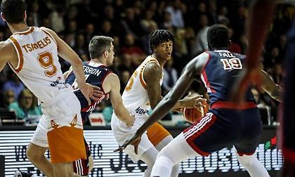Ρίον Μπράουν: Από την Πάτρα, στο επίκεντρο του Basketball Champions League! (vids)