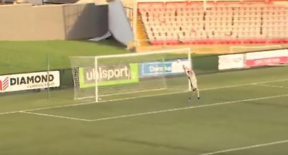 Viral: Δέχθηκε γκολ από 70 μέτρα! (vid)