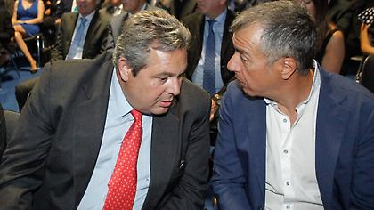 ΑΝΕΛ: Ο Θεοδωράκης να μετονομάσει το κόμμα του σε «όπου φυσάει ο άνεμος»
