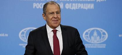 Μόσχα: Στον αέρα ακόμη η επίσκεψη Λαβρόφ στην Ελλάδα
