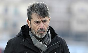 Πετράκης: «Δικαιούμασταν κάτι από το ματς με τον Ολυμπιακό. Απαντάω μέσα από τη δουλειά μου»