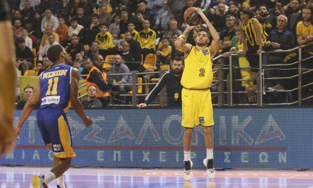 Μαγεία ο Τολιόπουλος και νέο career-high! (video)