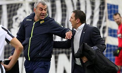 Παναιτωλικός: «Απαράδεκτη συμπεριφορά του Παπαδόπουλου που γυρίζει το ποδόσφαιρο δεκαετίες πίσω»