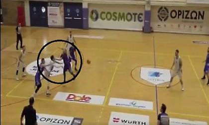 Βίντεο-σοκ: Παίκτης του Δούκα κινδυνεύει να χάσει την όρασή του έπειτα από εν ψυχρώ γροθιά αντιπάλου