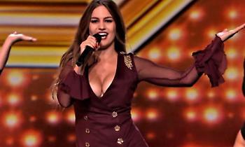 Έξω πάμε καλά: Η 24άχρονη Ελληνίδα που σαρώνει στο βρετανικό X Factor (pics)