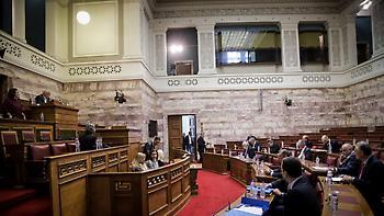 Ψηφίστηκε η Συμφωνία των Πρεσπών από την Επιτροπή Άμυνας και Εξωτερικών Υποθέσεων