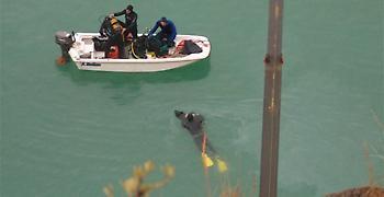 Αγρίνιο: Tραγωδία στη λίμνη. Εντοπίστηκε το όχημα με τη σορό 35χρονης (video)