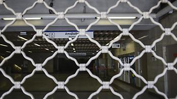 Στις 16.30 θα κλείσει ο σταθμός του μετρό «Σύνταγμα»