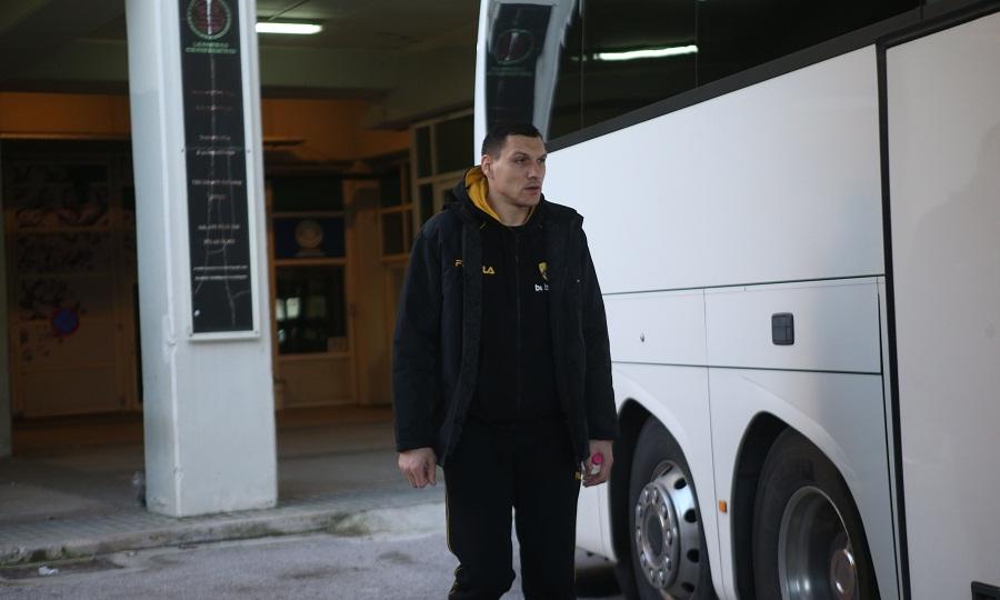 Έφτασε Λιθουανία η ΑΕΚ, «πέσιμο» των ΜΜΕ σε Ματσιούλις
