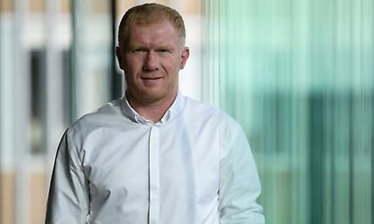 Προπονητής στην τέταρτη κατηγορία της Αγγλίας ο Σκόουλς
