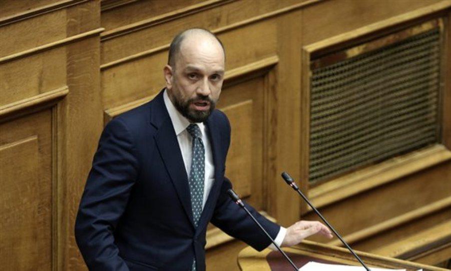 Aπειλές για την συμφωνία Πρεσπών δέχεται ο βουλευτής ΣΥΡΙΖΑ Κώστας Μπάρκας