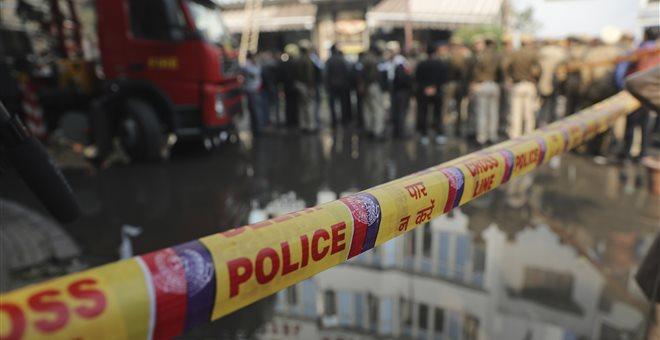 Ινδία: Τουλάχιστον 17 νεκροί από πυρκαγιά σε ξενοδοχείο στο Νέο Δελχί