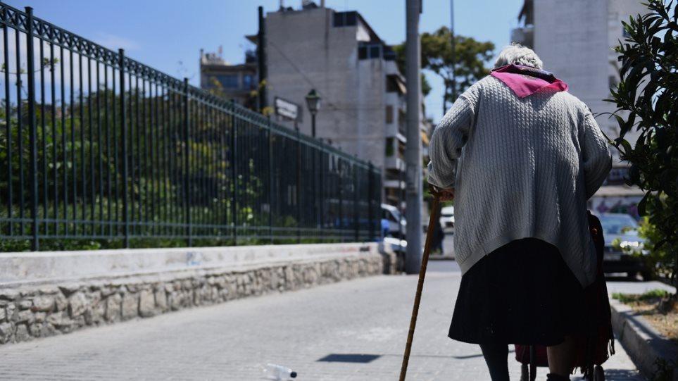 Σητεία: 88χρονη αντιστάθηκε στους ληστές του βενζινάδικού της και αυτοί την σκότωσαν στο ξύλο!